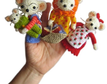 The Little House of Cheese Famiy Mouse Finger Puppets Pdf Email Knit PATTERN