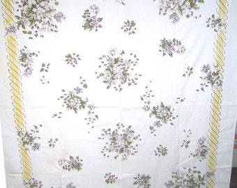 1950s PRINT KITCHEN TABLECLOTH - Lilac Bouquet