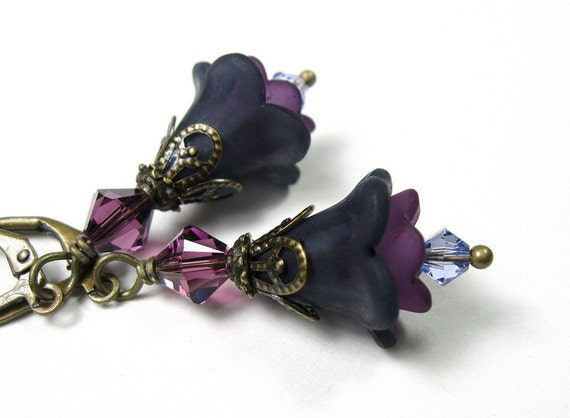 Purple, Flower Earrings, Lilac, Gifts for Gardeners, Violet, Dangle Earrings, Floral Jewelry, Gifts Under 25, For Her, Gifts for Mom