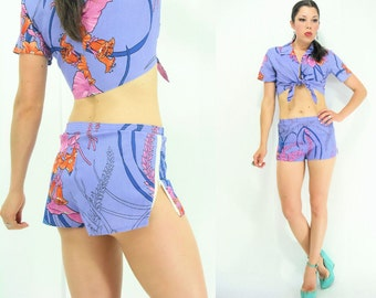 80's Vintage MATCHING SET Purple Hawaiian Floral Print Crop Top + Shorts Set / 2 Piece Outfit / Side Zip High Waist shorts