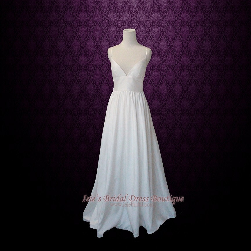Wholesale Newest Simple Design Elegant Bridal Dress A Line: Simple Yet Elegant Slim A-line Wedding Dress With Sweetheart
