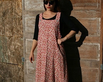 Meet me at the Farmers market, 1990s dress, with white flowers, size M