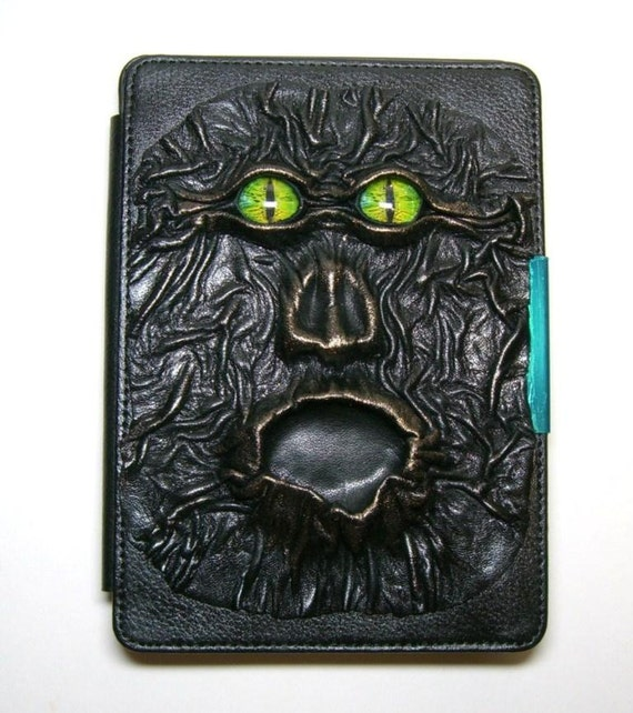 Made to order.  Leather cover for eReader/Tablet/iPad/Phone case.