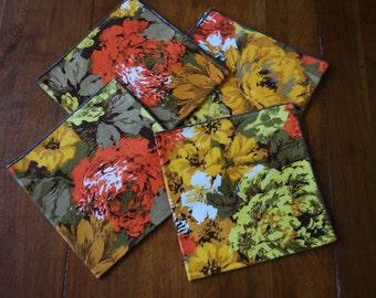 Four Vintage Mod Floral Linen Napkins - RETRO - Bold Colors - 1960's