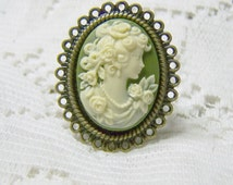 Classic Lady Cameo Ring - Victorian Elegance - PORTRAIT - Antique Bronze - Green and Cream