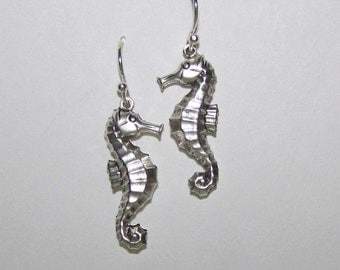 Seahorse Earrings - Silver - Under the sea - Complimentary USA shipping