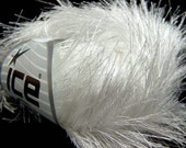 38Yd White Extra Long Eyelash Yarn Ice Luxurious White Fun Fur 14160 50g