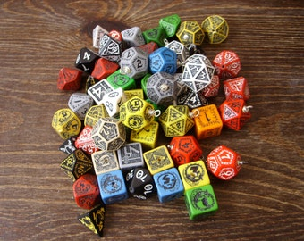 Random dice pendant