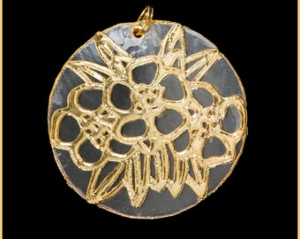 24k Gold Translucent Capiz Shell Pendant With Starburst Design