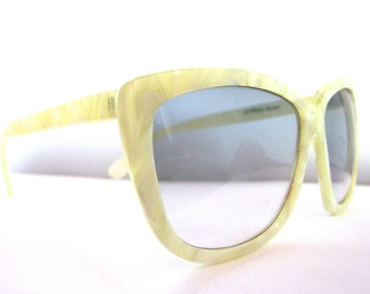 1990s Sunglasses // 80s 90s Vintage Designer Eyeglasses // Blue Lens //  Yellow Pearlised Marbled //  by Alfred Sung