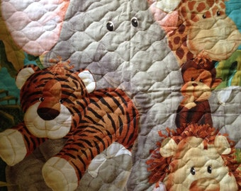 Zoo animals baby quilt