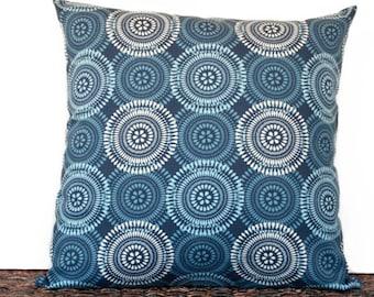 SALE 10.00 Blue Circles Pillow Cover Cushion Natural Beige Mod Retro Decorative 18x18