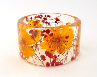 Size Medium Cosmos and Baby's Breath Botanical Resin Bangle.  Yellow and Red Chunky Bangle with Pressed Flowers.  Resin Bracelet