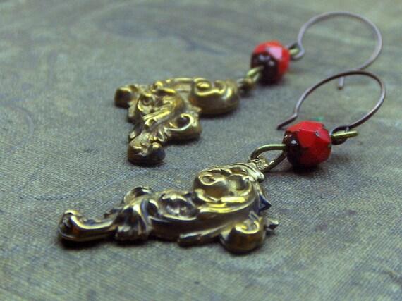 Reserved for Thornbird LADY ELIZABETH BATHORY . Vintage Valentine Vermillian Red Renaissance faceted glass beads & Gothic