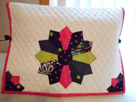 Black and Hot Pink Sewing Machine Cover Dresden Plate Quilt