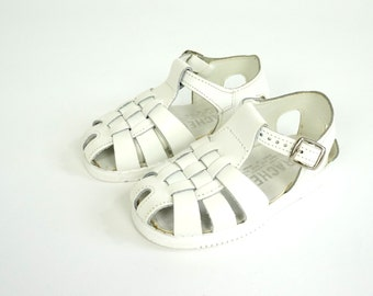 Vintage Child Size 6 Woven White Leather Sandals NOS