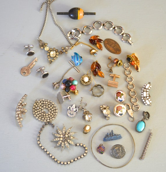 37 antique vintage jewelry and trinkets lot reuse for Used jewelry san diego