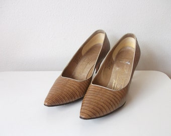 Tan Lizard Skin 60s Pumps, Size 7