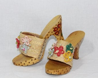 1950s Vintage Shoes - Wooden Carved Heels 3D Flowers and Sea Shells Mules - Size 6