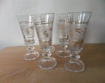 Vintage Small Wine Glass Goblets Set of 5 Frosted with Gold Grape Clusters and Leaves Barware Cordial Glasses