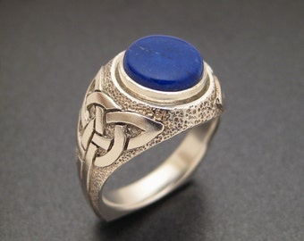 Bas Relief Silver and Lapis Celtic Ring