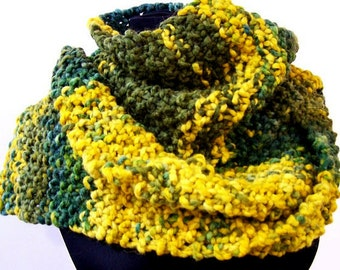 Long Chunky Knit Scarf, Wide Knit Scarf in Harvest Gold, Teal, Moss Green, Scarf for Men Women, Hand Knit Chunky Scarf, Fall Trends
