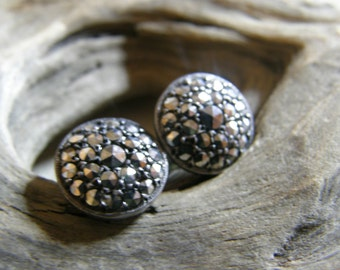 Vintage round silver and marcasite screwback earrings circa the 1930s