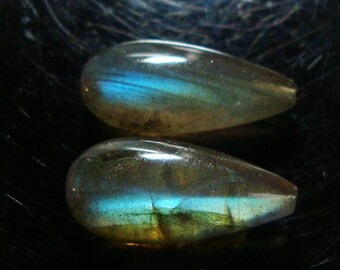 AAA Spectacular Firey Blue Green Flash Labradorite Half Drilled Smooth Pear Teardrop Briolette - 16x8mm - a31-1