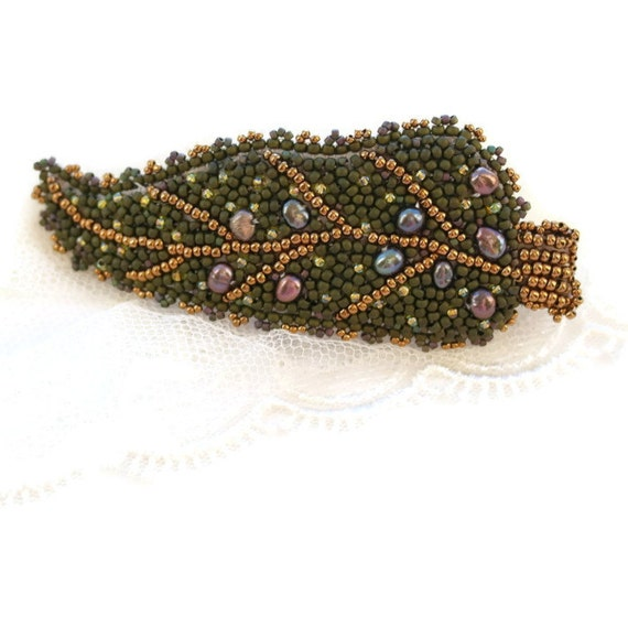 Green hair barrette bead embroidered leaf by