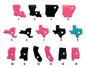 State Love Heart in Texas Louisiana New York Arkansas Alabama Mississippi California Pendant Black Pink Turquoise 35mm x 35mm  Resin