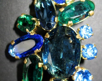 Sparkling Vintage Brooch of Peacock Blue and Green Rhinestones