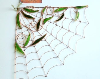 Copper Spider Web With Leaves Perfect Gift for Entomologists and Bug Lovers, Wire Art Spider Web, Halloween Decor, Home Decor, Corner Web