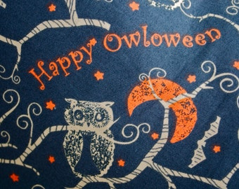 Halloween Owl Pillow Cover, Decorative Toss Pillow, Accent Pillow, Throw Pillow, Pillowcase, Moon, Bat, Owls, Fits 18x18 inch form