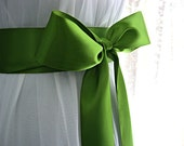 Leaf green / iridescent green / apple green wedding sash, bridal sash, bridesmaid sash, 2.25 inch satin