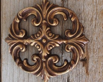 Beautiful Vintage Cast Iron Medallion