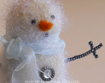 HAND-KNIT. Sparkly Knit & Felted Woolly Snowman with Scarf