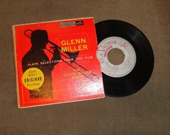 Vintage 45 Record The Glenn Miller Story Selections from the Film String of Pearls