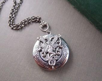 Fairy Tale locket, aged silver brass locket, Victorian locket,fantasy locket,round locket L010