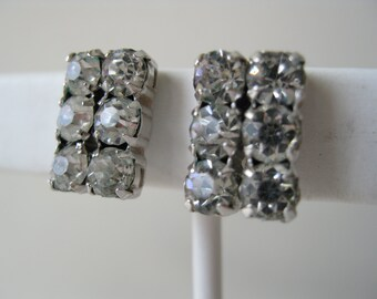 Vintage Screwback Hollywood Glamour Rhinestones earrings