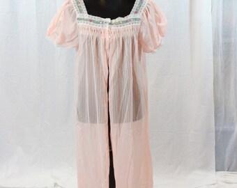 SALE ITEM Vintage Dressing robe Pink peignoir robe
