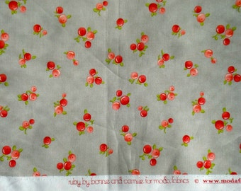 SALE : Ruby Quirky gray Bonnie & Camille moda fabric FQ or more