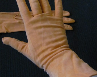 Vintage Orange Nylon Ladies Stretch Wrist Gloves - Hansen