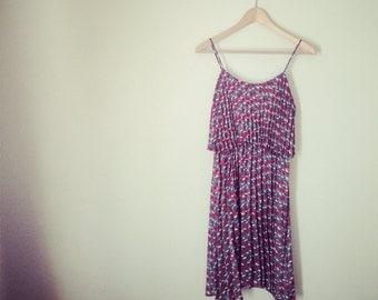 SALE: Pleated floral dress