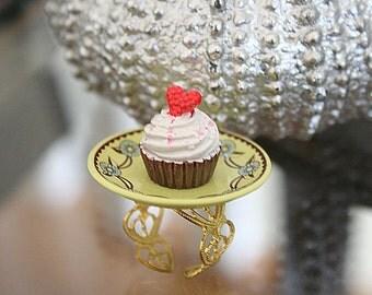 Cupcake ring