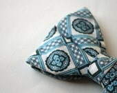 Vintage1970's Patterned Blues Butterfly Style Bow Tie, Clip-On