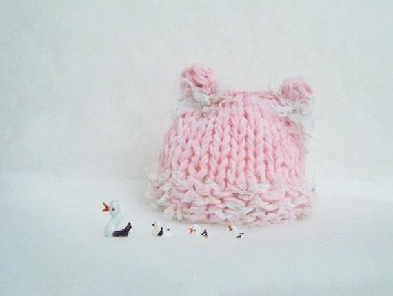 Pink Newborn Girl Beanie Pink Baby girl hat Animals Baby girl hat Knit newborn girl hat Photo prop Infants beanie hat Girl Romantic hat