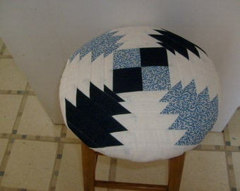 Bar stool cover, quilted in denim, blue and white