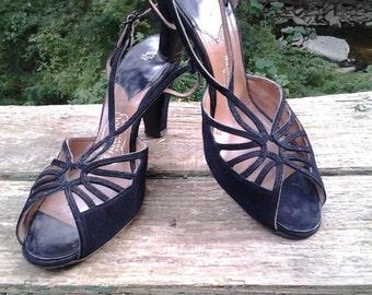 Black Suede Heels Shoes 7 1/2 8? Pandora 1940's Swing Dance Mid Century Modern WW2
