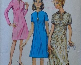 70s Evening Gown Maxi Dress Pattern Bust 35 Simplicity 9034