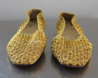 FLATS - GOLD MESH - Bertlyn crocheted slippers - never worn - shoes - new york - made in usa - size M 6